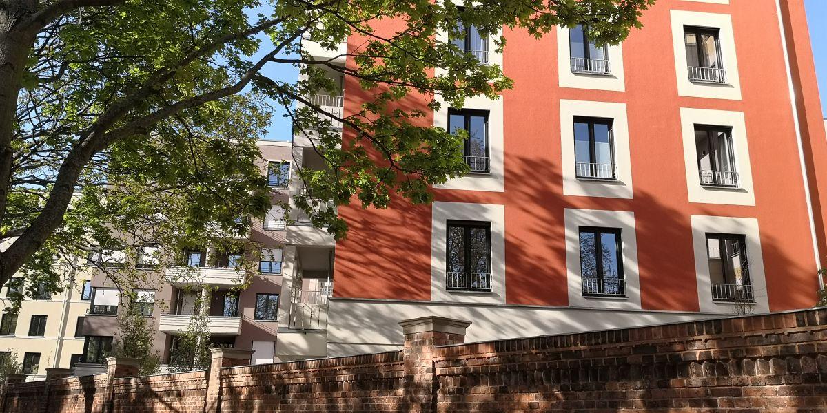 Das Bild zeigt eine Immobilie mit mehreren Wohnungen die als Kapitalanlage oder Vermietung angeboten werden. Bei Mietinteresse oder wenn Sie vermieten wollen melden Sie sich bei Christian Fahl.