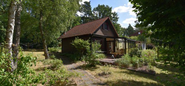 Fahl Immobilien bietet das Grundstück in Strausberg zum Verkauf an. Die Idyllische Lage machen es zu etwas besonderes. Gerne verkaufe ich auch Ihr Haus, Grundstüc oder Ihre Wohnung.