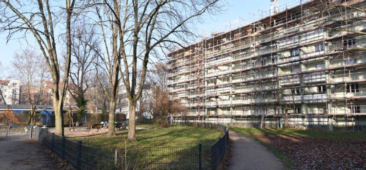 Diese Eigentumswohnung ETW im beliebten Berliner BEzirk Friedrichshain ist aktuell vermietet und ist als Kapitalanlage sehr interessant. Sie wird von Fahl Immobilien dem Makler und Gutachter aus Strausberg angeboten.