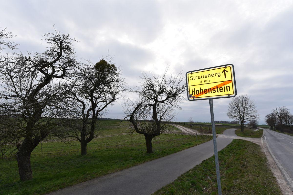 FAhl IMmobilien Makler und Gutachter bietet als Immobilienmakler dieses Baugrundstück in der Nähe von Strausberg im Ortsteil Hohenstein an.